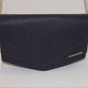 Calvin Klein Leather Medium Crossbody Bag Navy